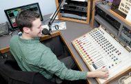 סיכום מפגש עם מנהלי תחנות הרדיו החינוכי
